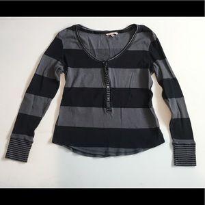 Victoria's Secret Pullover Sweater Size Medium